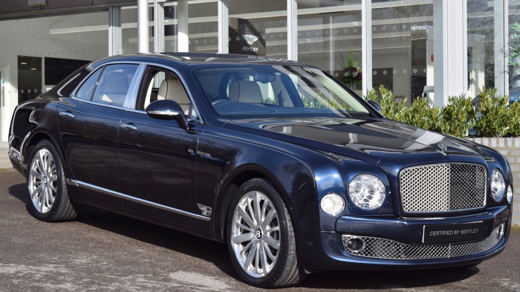 Bentley Mulsanne 6.8 V8 Mulliner Driving Spec Automatic 4 door Saloon (2014)