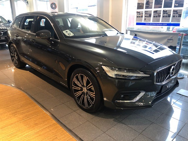 Volvo V60 2.0 D3 (150) Inscription Plus Auto, Winter Pack, Nav, F and R Park Sensors, Diesel Automatic 5 door Estate (19MY)