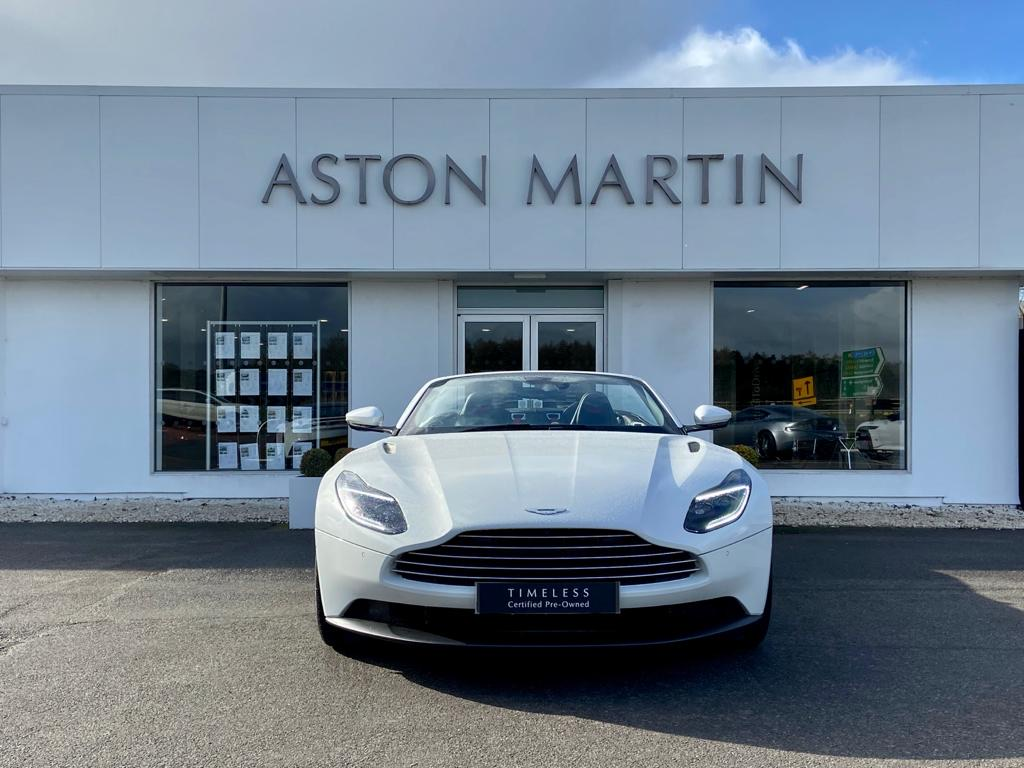 Aston Martin DB11 V8 Volante 2dr Touchtronic image 2