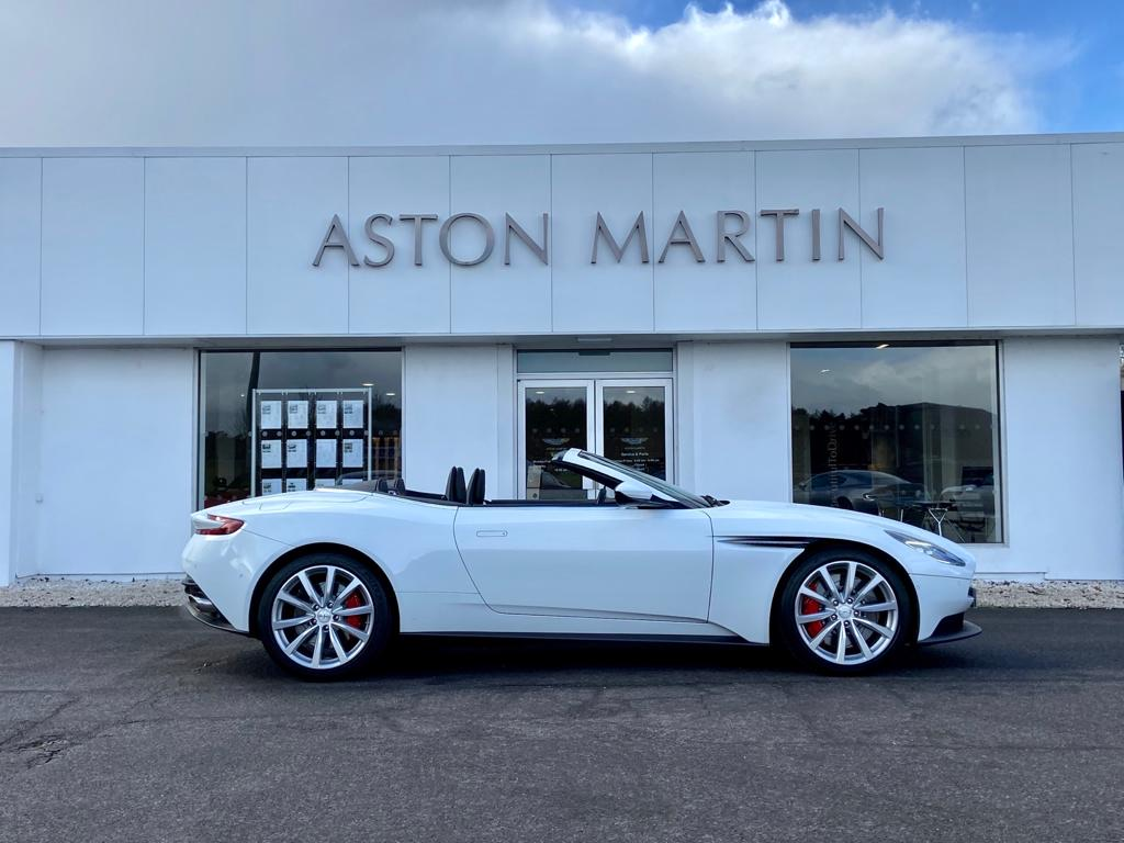 Aston Martin DB11 V8 Volante 2dr Touchtronic image 5