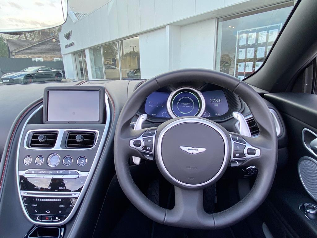 Aston Martin DB11 V8 Volante 2dr Touchtronic image 9