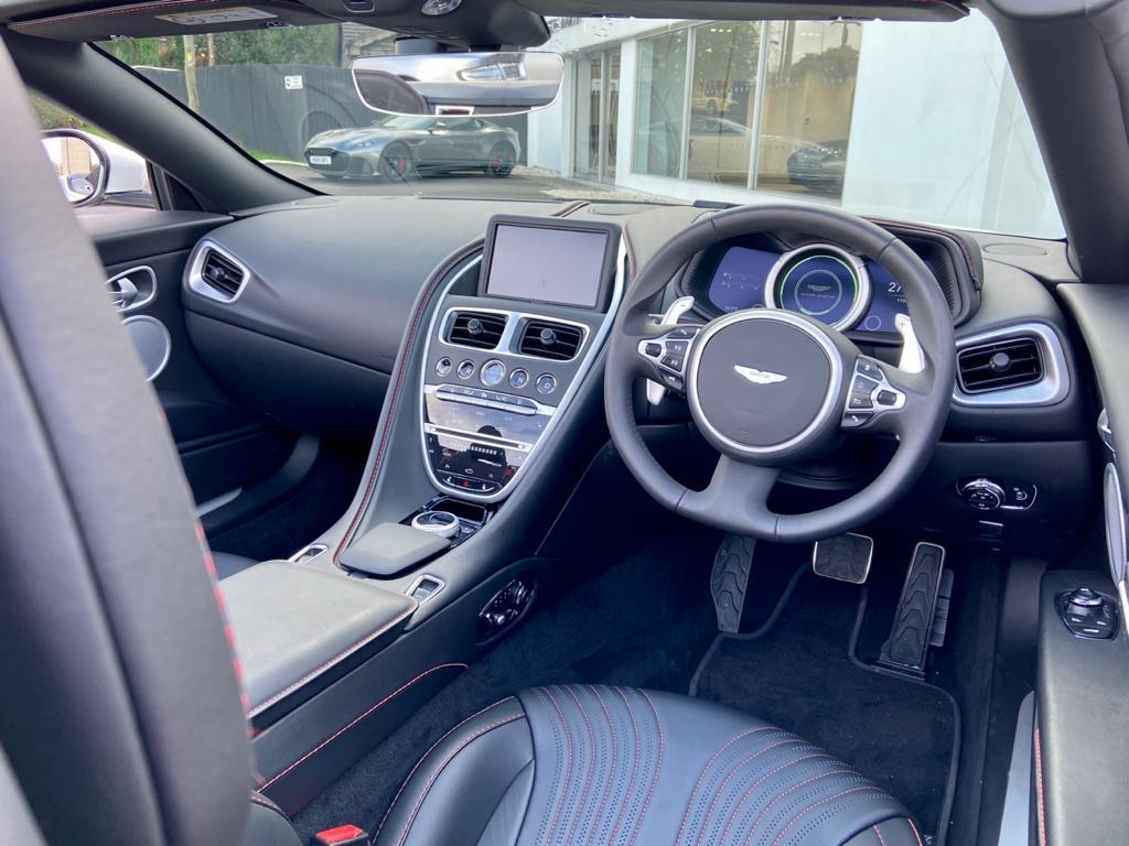 Aston Martin DB11 V8 Volante 2dr Touchtronic image 10