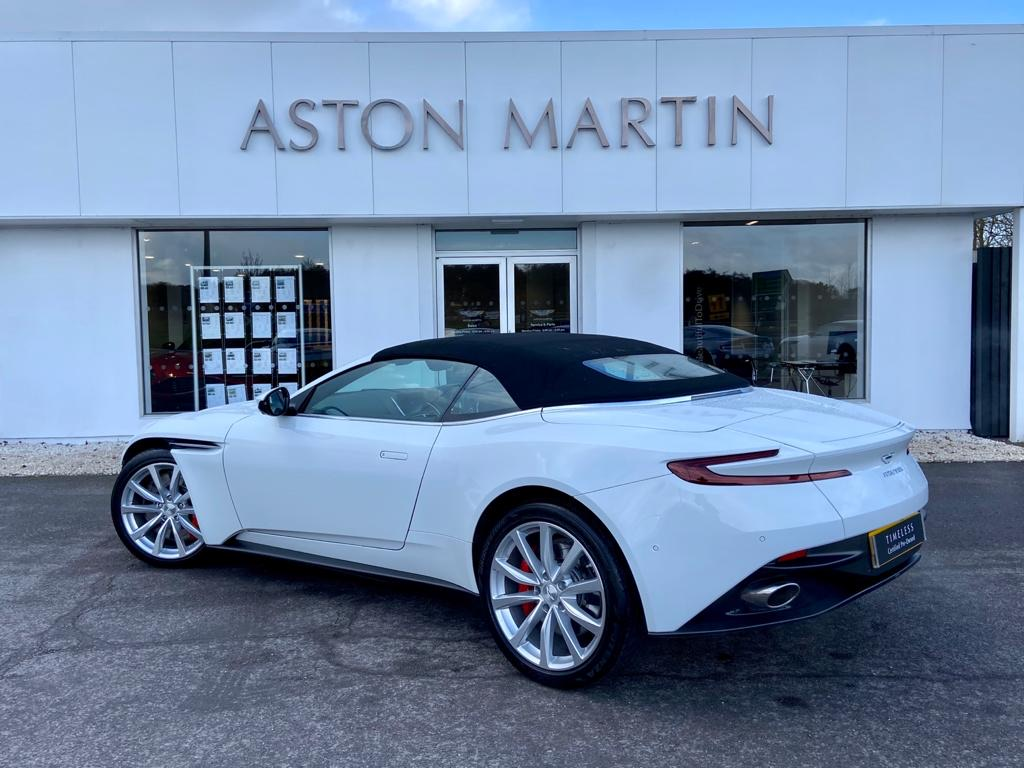 Aston Martin DB11 V8 Volante 2dr Touchtronic image 16