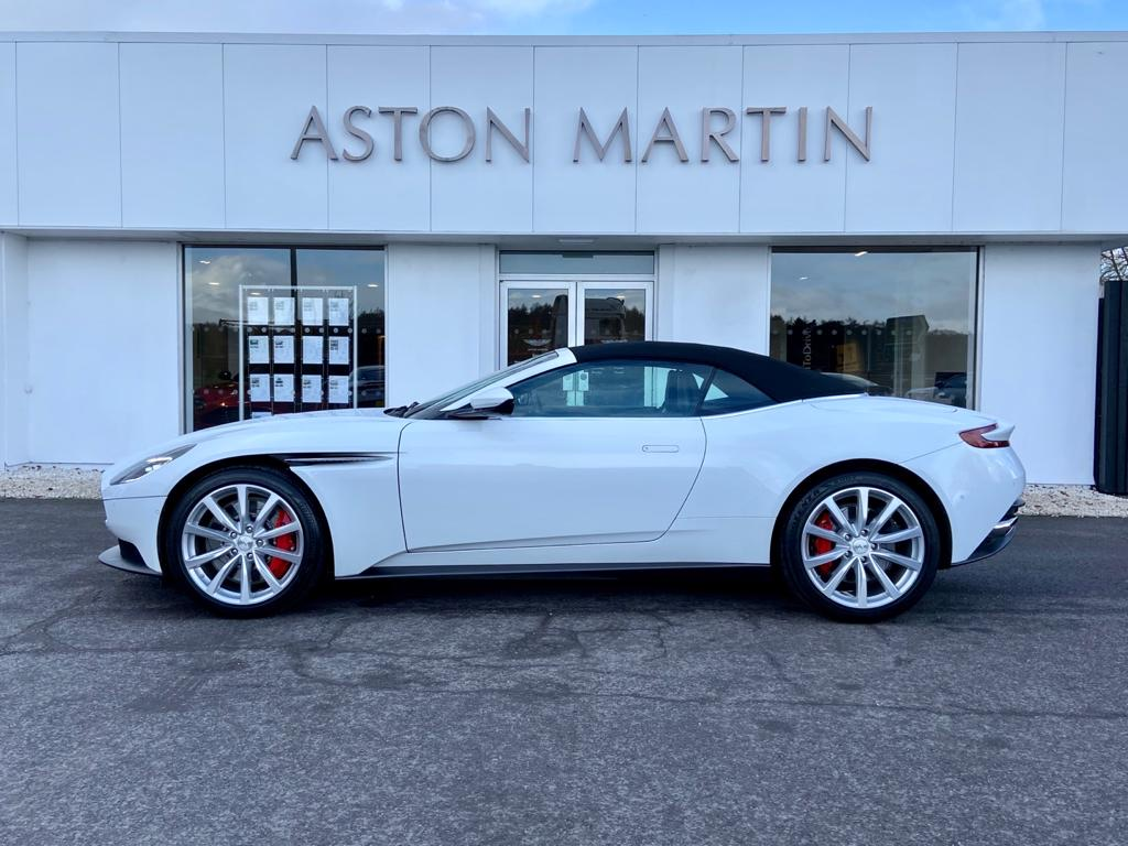 Aston Martin DB11 V8 Volante 2dr Touchtronic image 18
