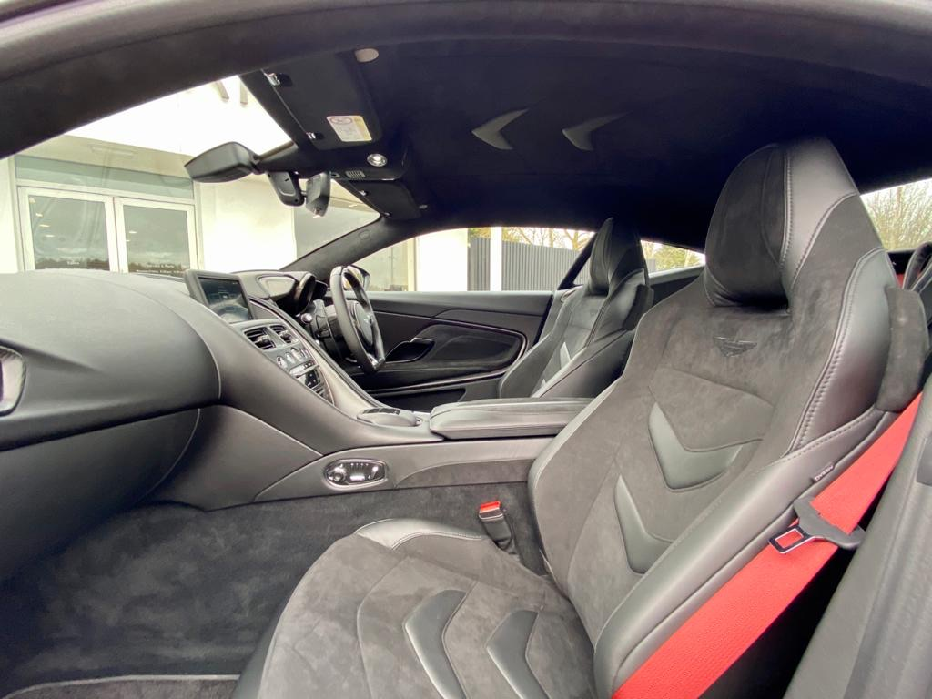 Aston Martin DBS V12 Superleggera 2dr Touchtronic image 21