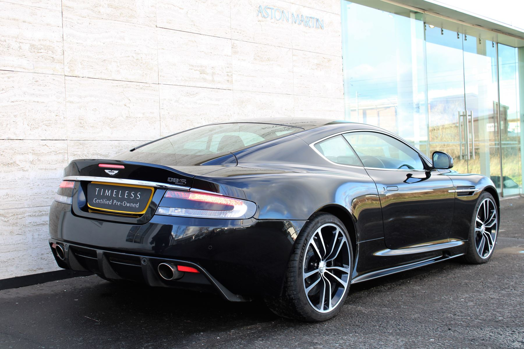Aston Martin DBS V12 CARBON EDITION 2dr Touchtronic image 7