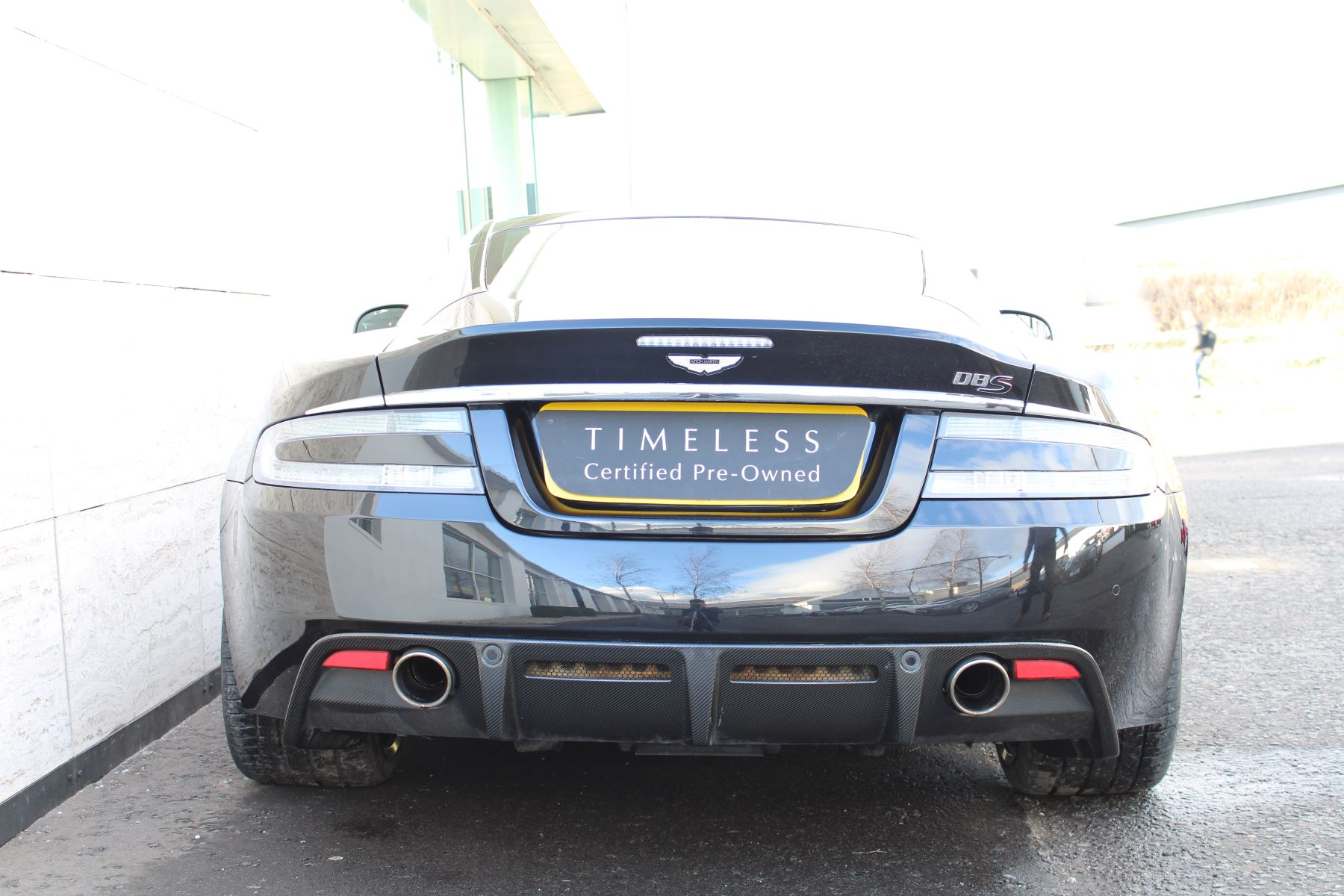 Aston Martin DBS V12 CARBON EDITION 2dr Touchtronic image 9