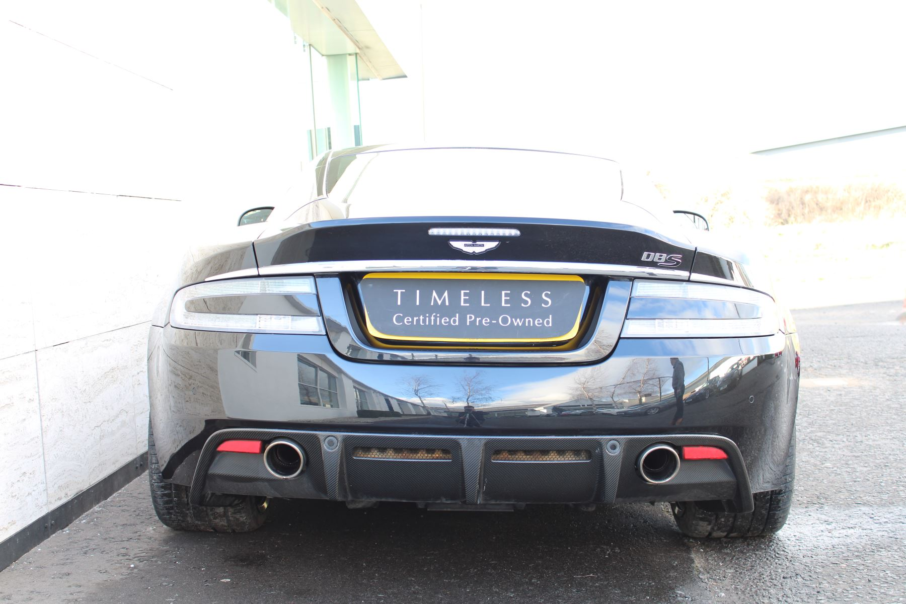 Aston Martin DBS V12 CARBON EDITION 2dr Touchtronic image 10