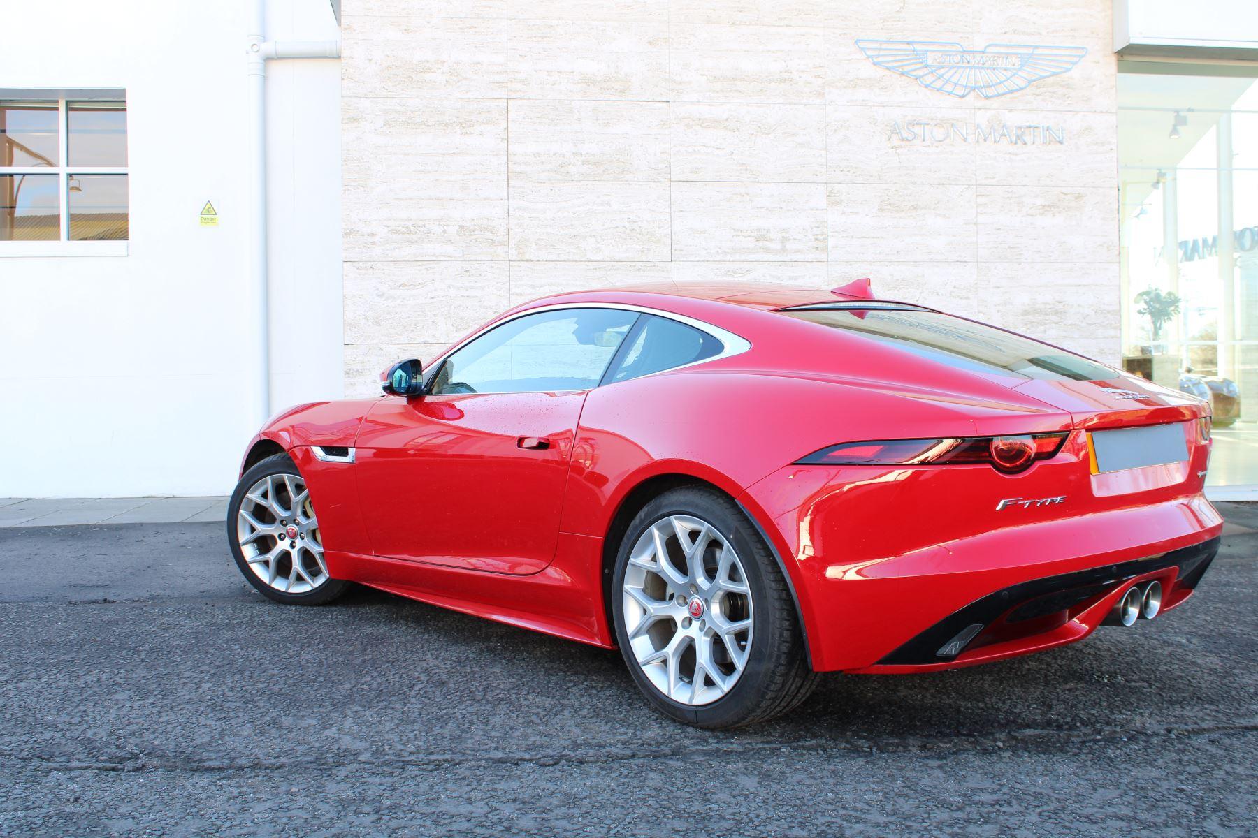 Jaguar F-TYPE 3.0 Supercharged V6 R-Dynamic 2dr image 17