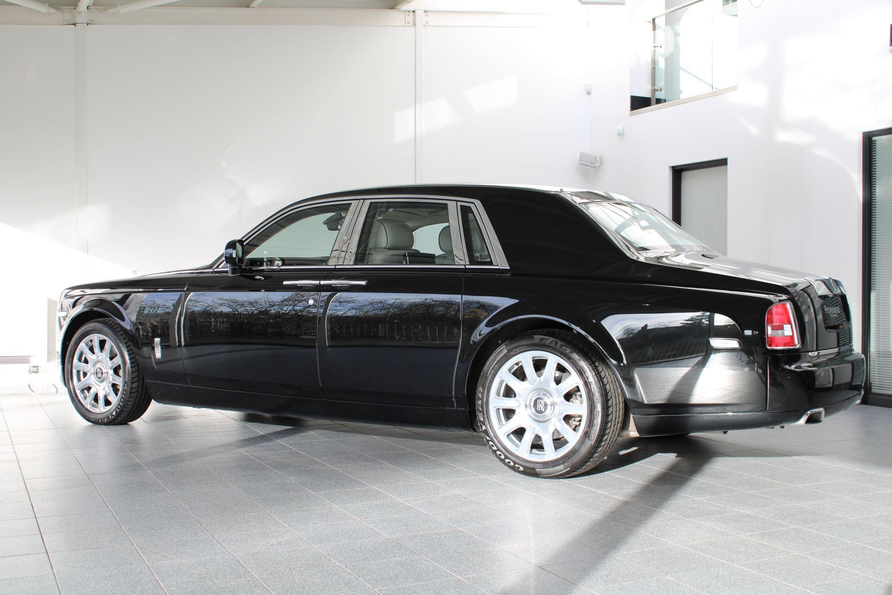 Rolls-Royce Phantom II 4dr Auto image 8