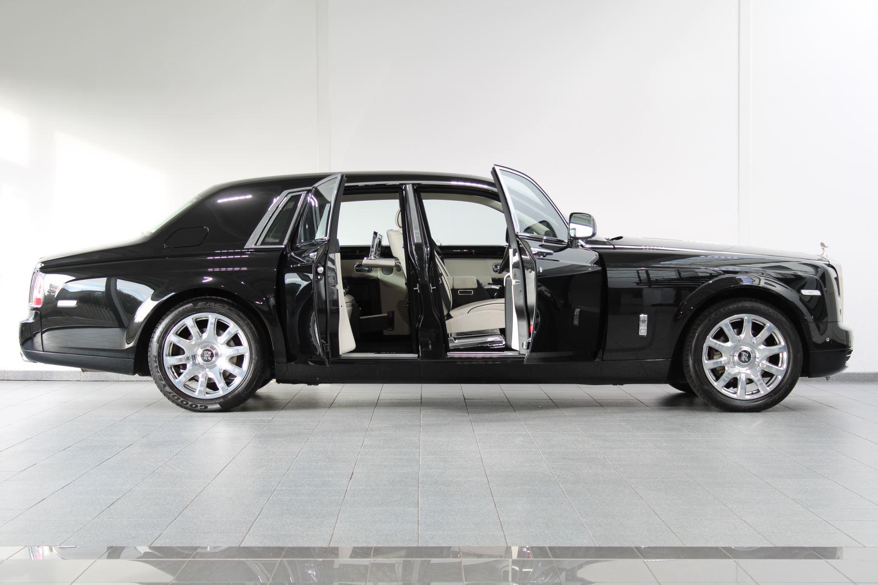 Rolls-Royce Phantom II 4dr Auto image 12