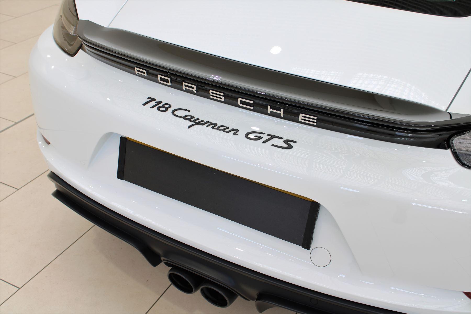 Porsche Cayman 2.5 GTS 2dr PDK image 12