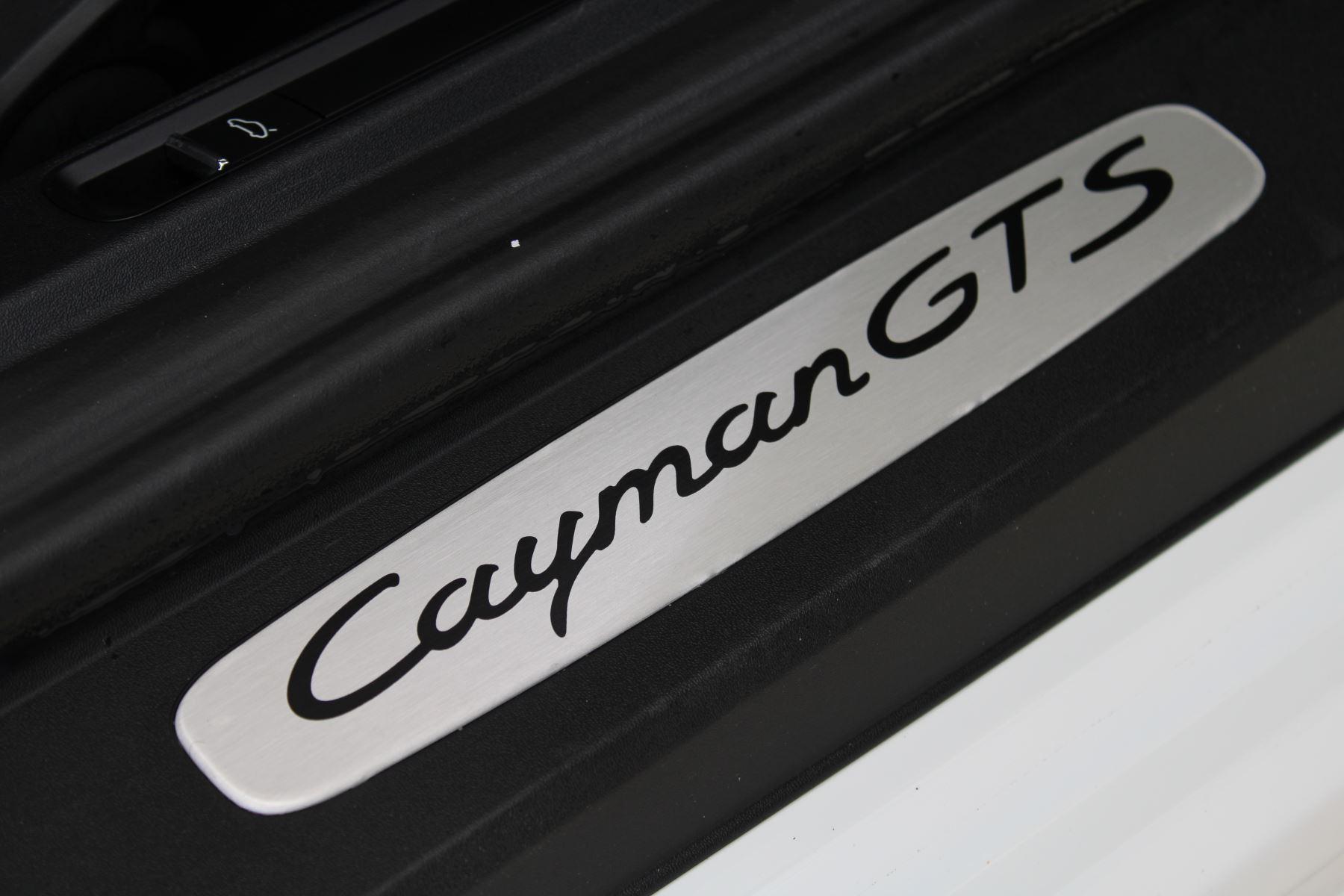 Porsche Cayman 2.5 GTS 2dr PDK image 18