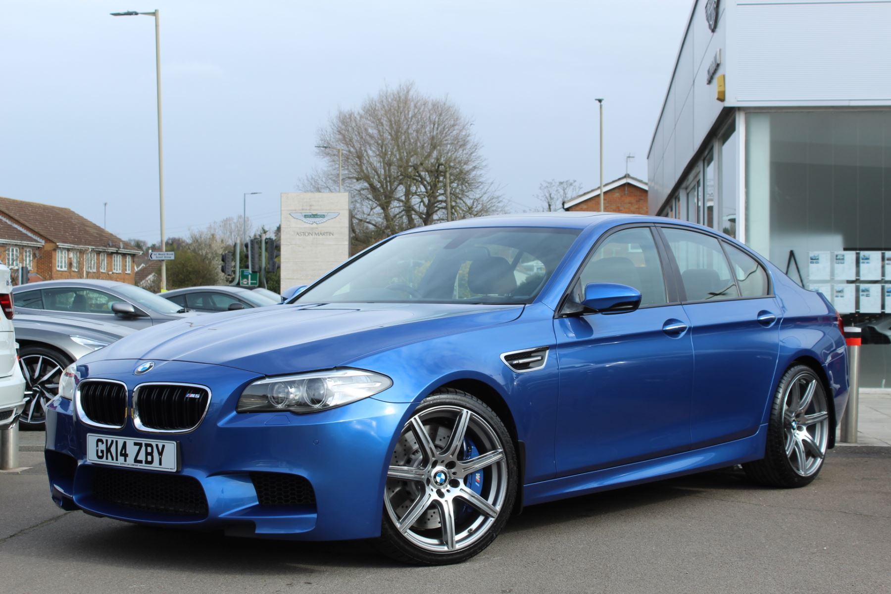 BMW M5 Saloon M5 DCT 4.4 Automatic 4 door Saloon (2014)
