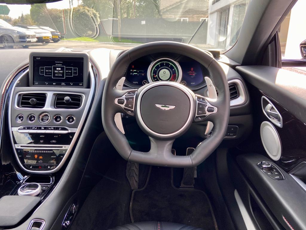 Aston Martin DB11 V12 AMR 2dr Touchtronic image 15