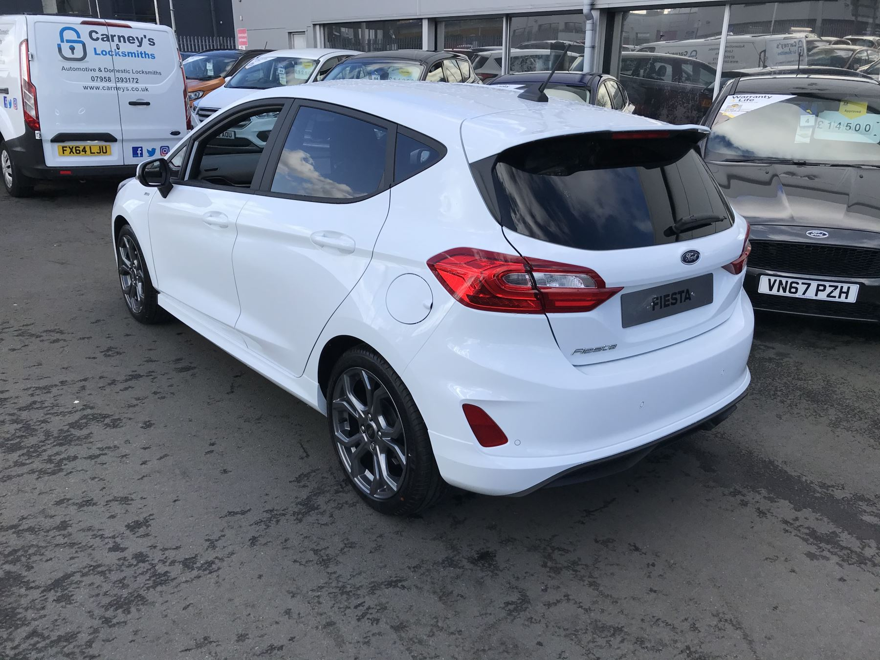 Ford Fiesta ST-Line 1.0T EcoBoost 100PS 6 Speed image 10