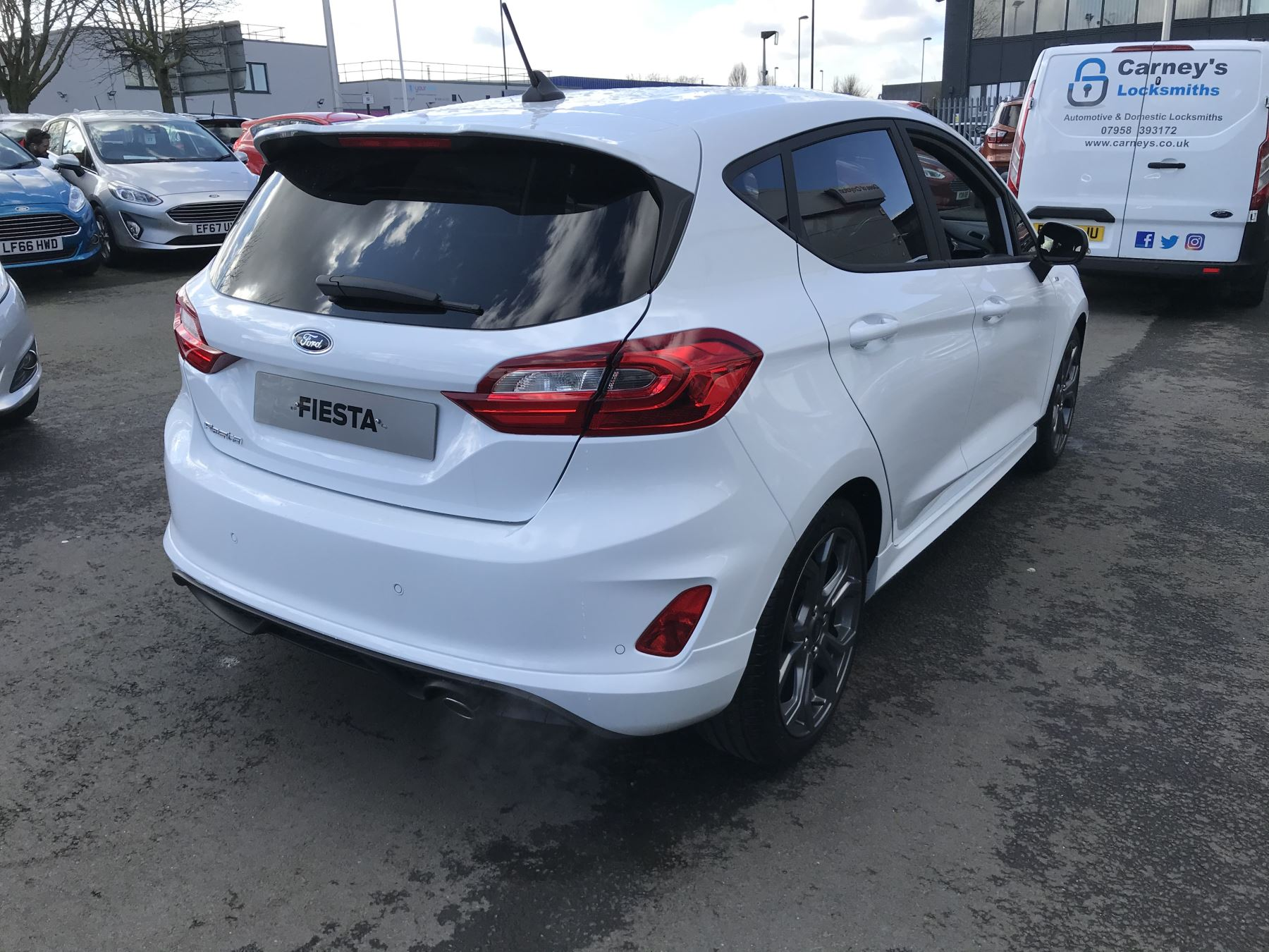 Ford Fiesta ST-Line 1.0T EcoBoost 100PS 6 Speed image 11
