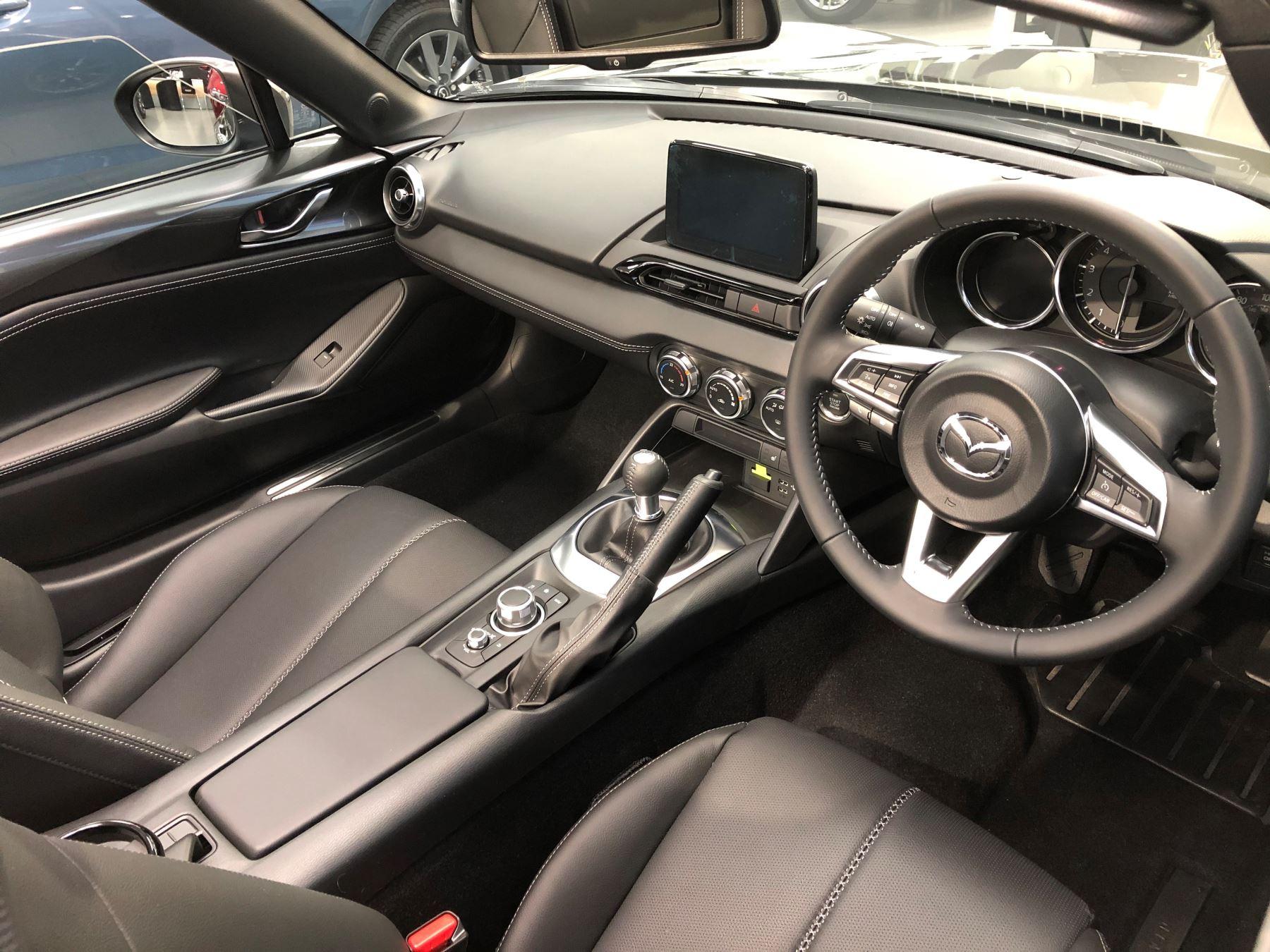 Mazda MX-5 1.5 (132) Sport image 6