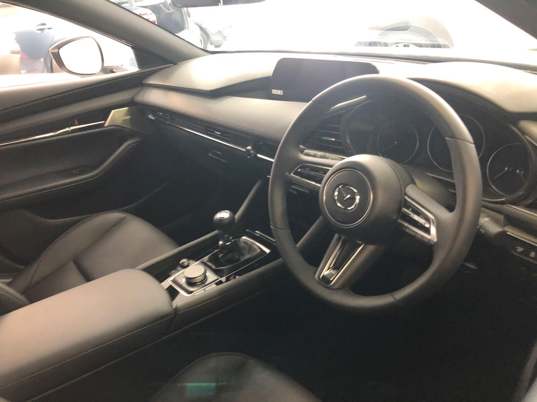 Mazda 3 2.0 GT Sport image 6