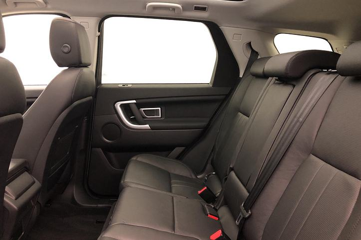 Land Rover Discovery Sport 2.0 Si4 240 HSE 5dr image 4
