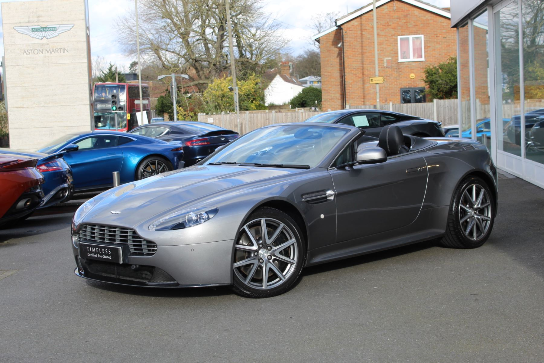 Aston Martin V8 Vantage S Roadster S 2dr Sportshift  Rare S Model  image 4