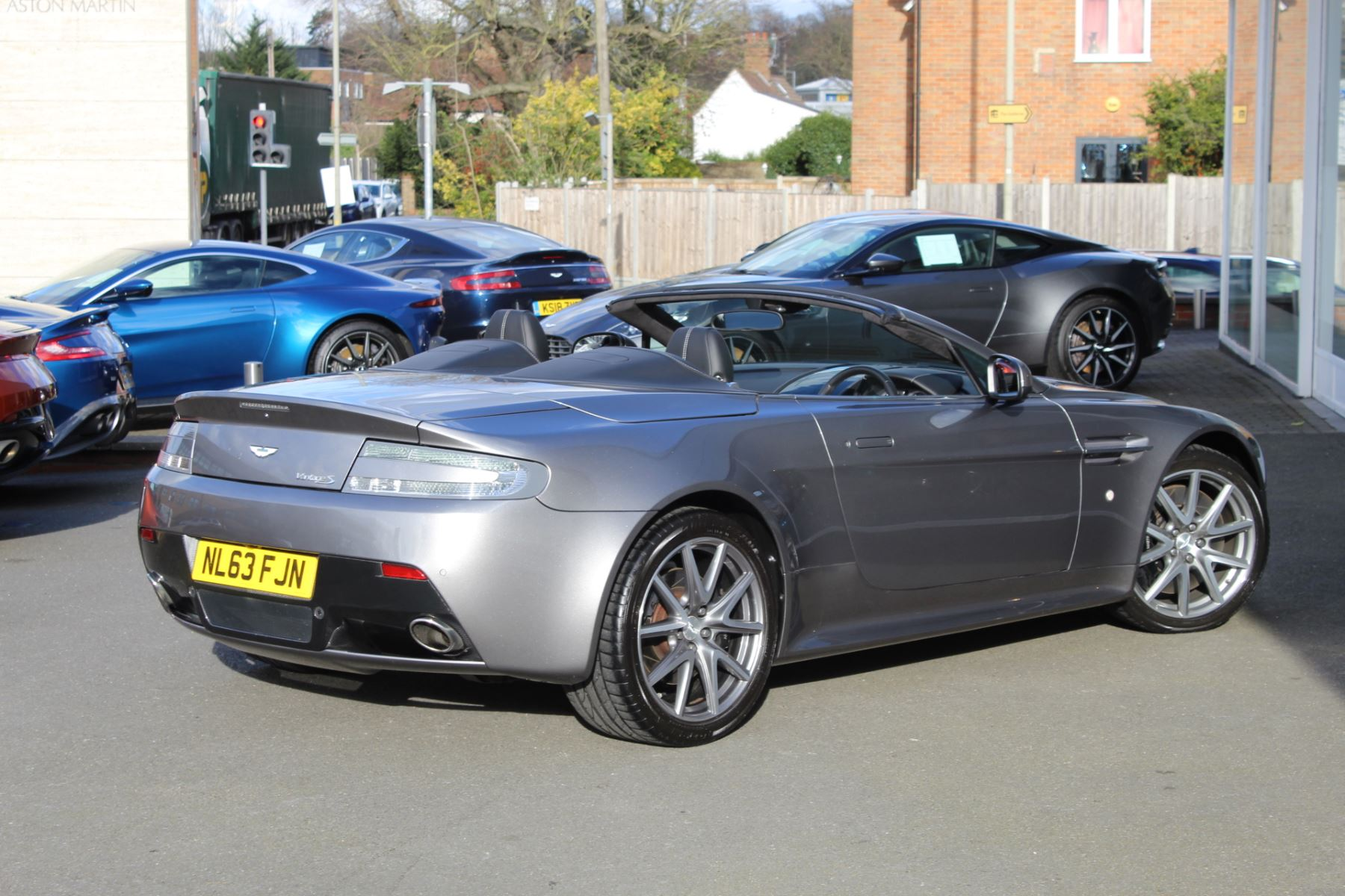 Aston Martin V8 Vantage S Roadster S 2dr Sportshift  Rare S Model  image 13
