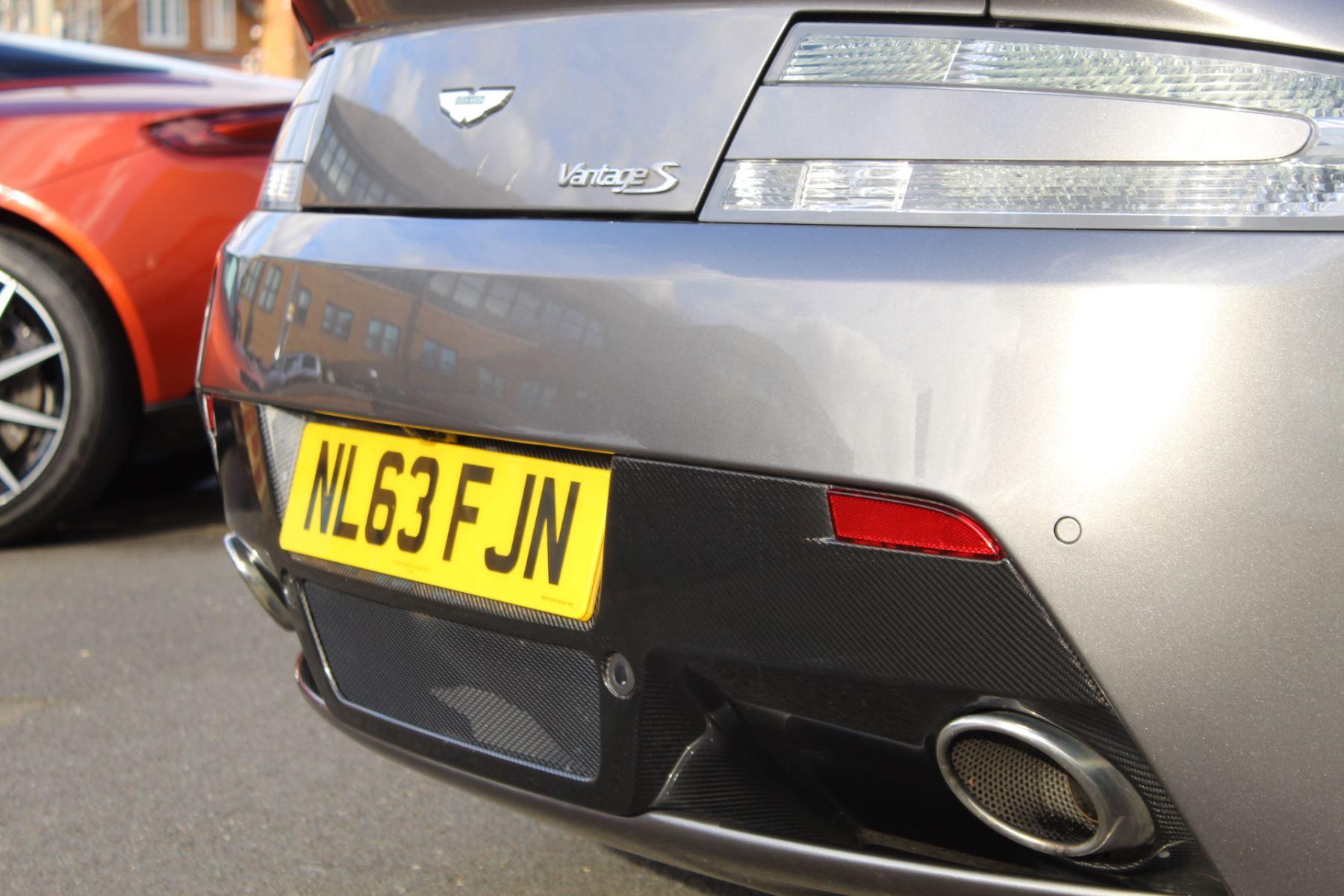 Aston Martin V8 Vantage S Roadster S 2dr Sportshift image 18