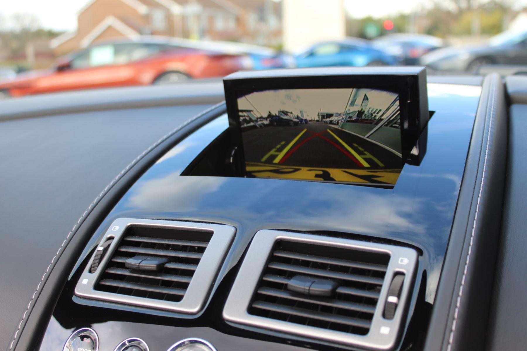 Aston Martin V8 Vantage S Roadster S 2dr Sportshift image 11