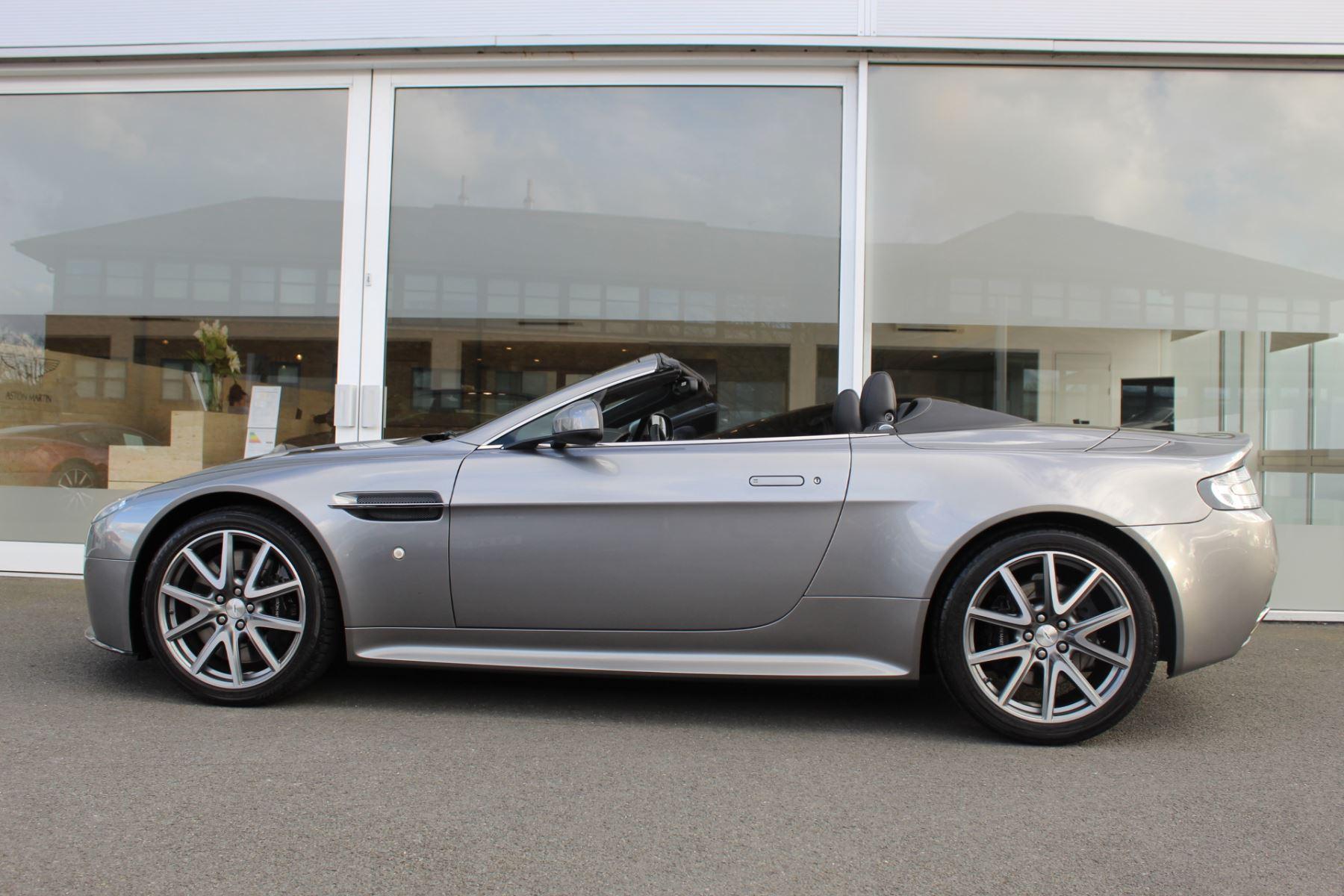 Aston Martin V8 Vantage S Roadster S 2dr Sportshift image 17