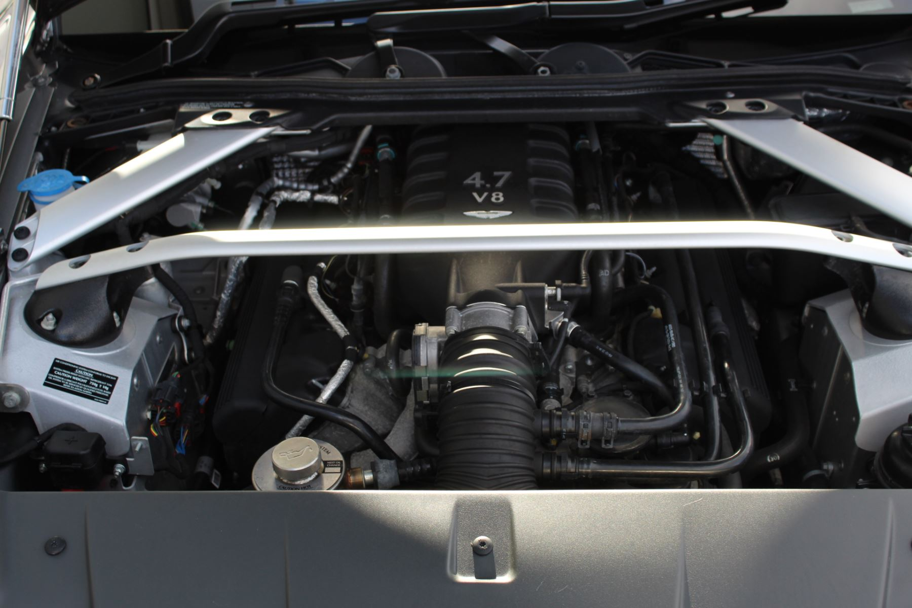 Aston Martin V8 Vantage S Roadster S 2dr Sportshift image 20