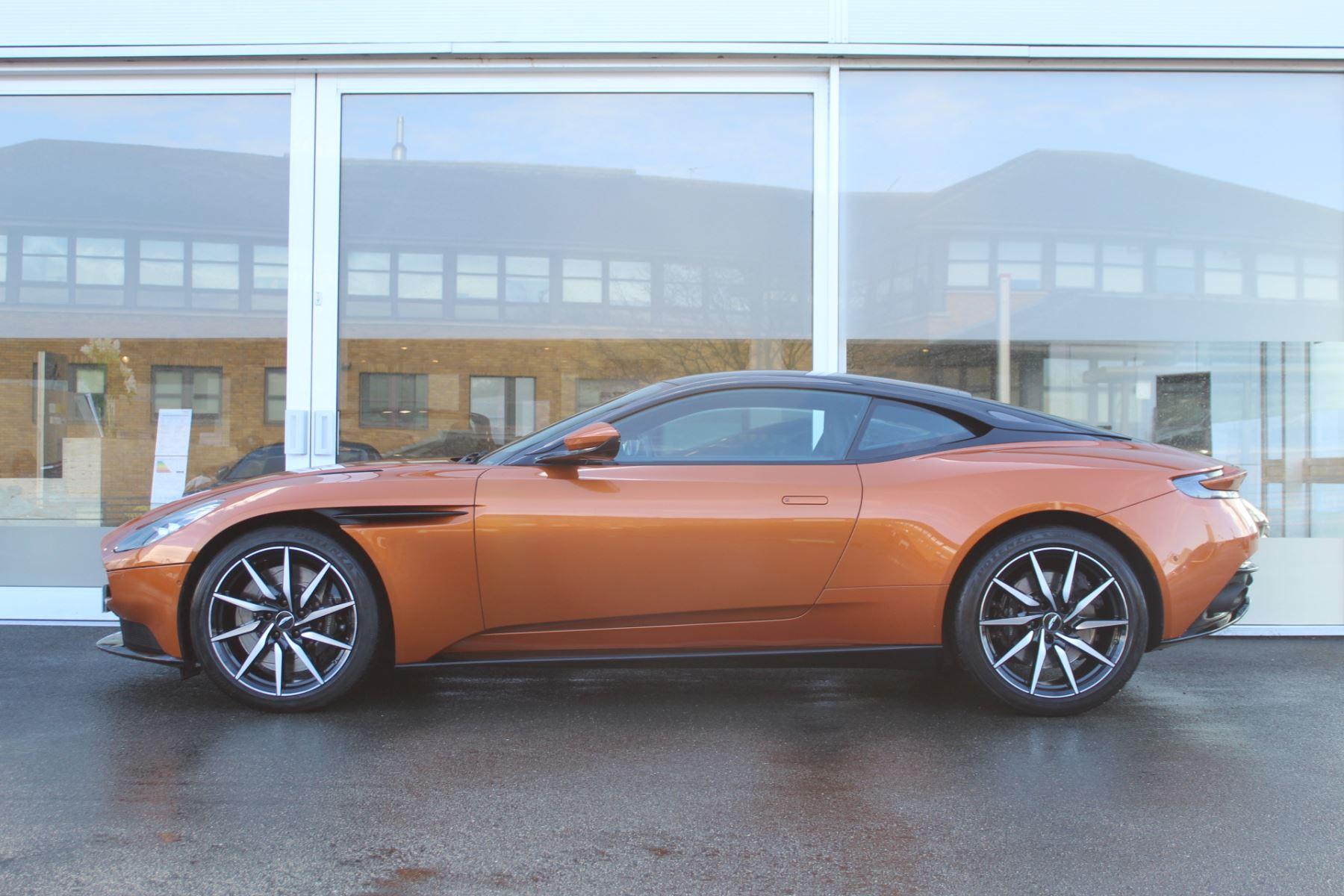Aston Martin DB11 V12 2dr Touchtronic image 7