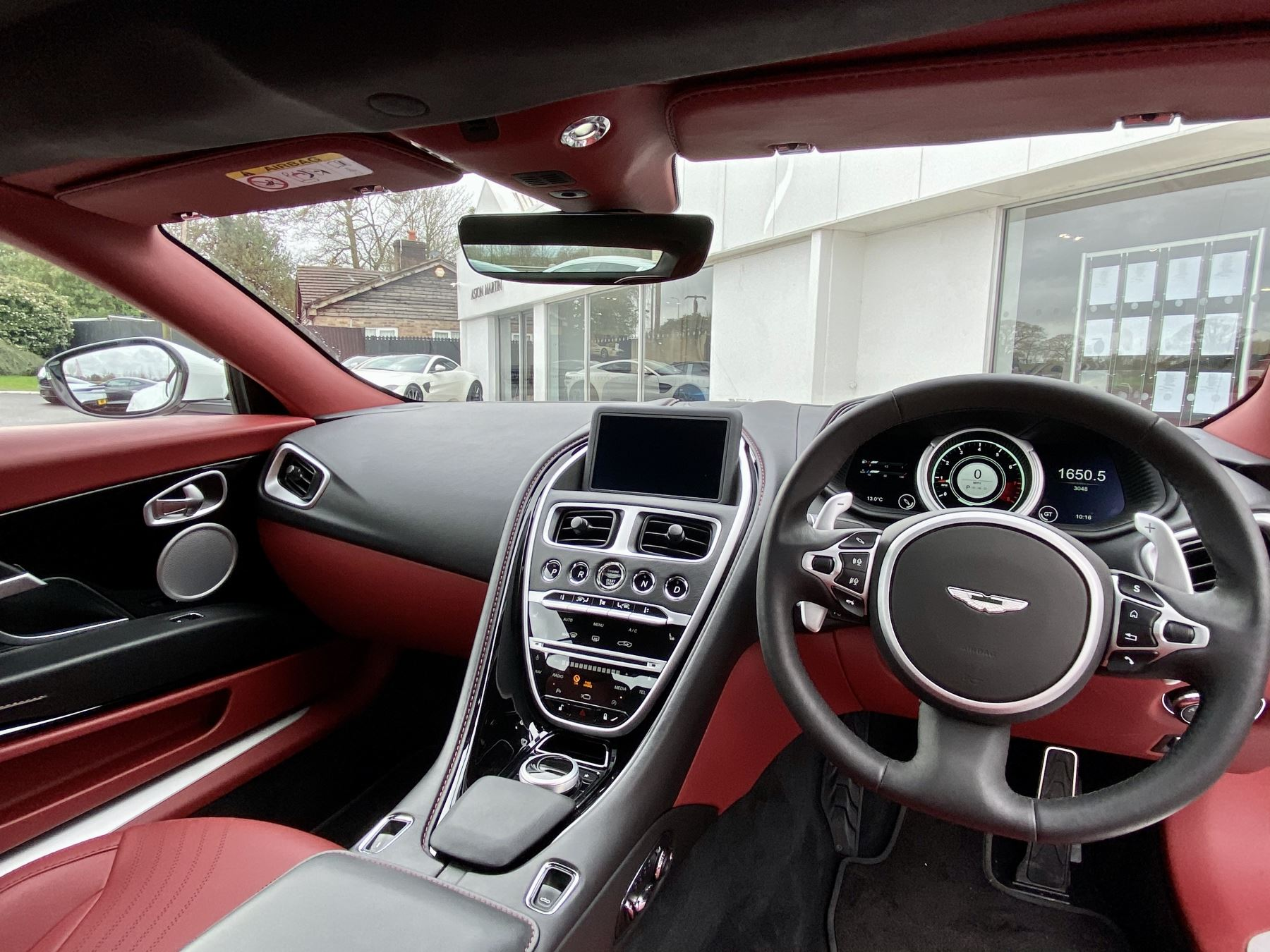 Aston Martin DB11 V8 Volante 2dr Touchtronic image 11