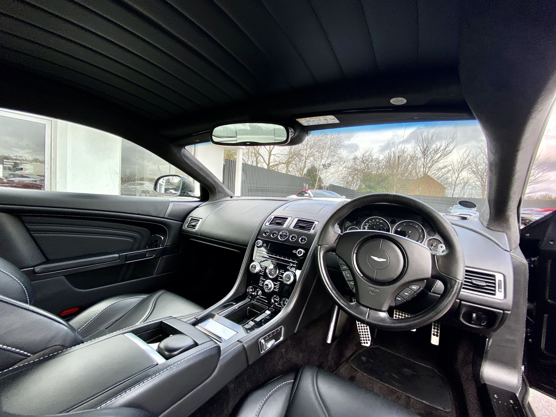 Aston Martin DBS Carbon Edition V12 2dr Touchtronic image 11