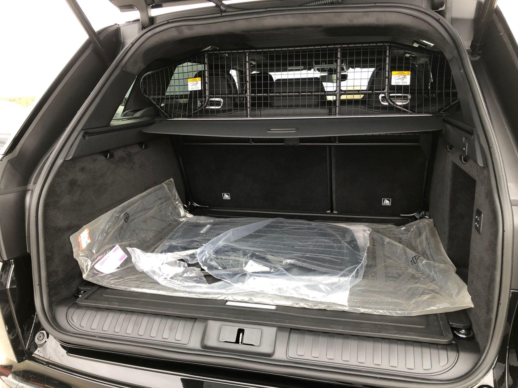 Land Rover Range Rover Sport 5.0 V8 S/C 575 SVR image 10