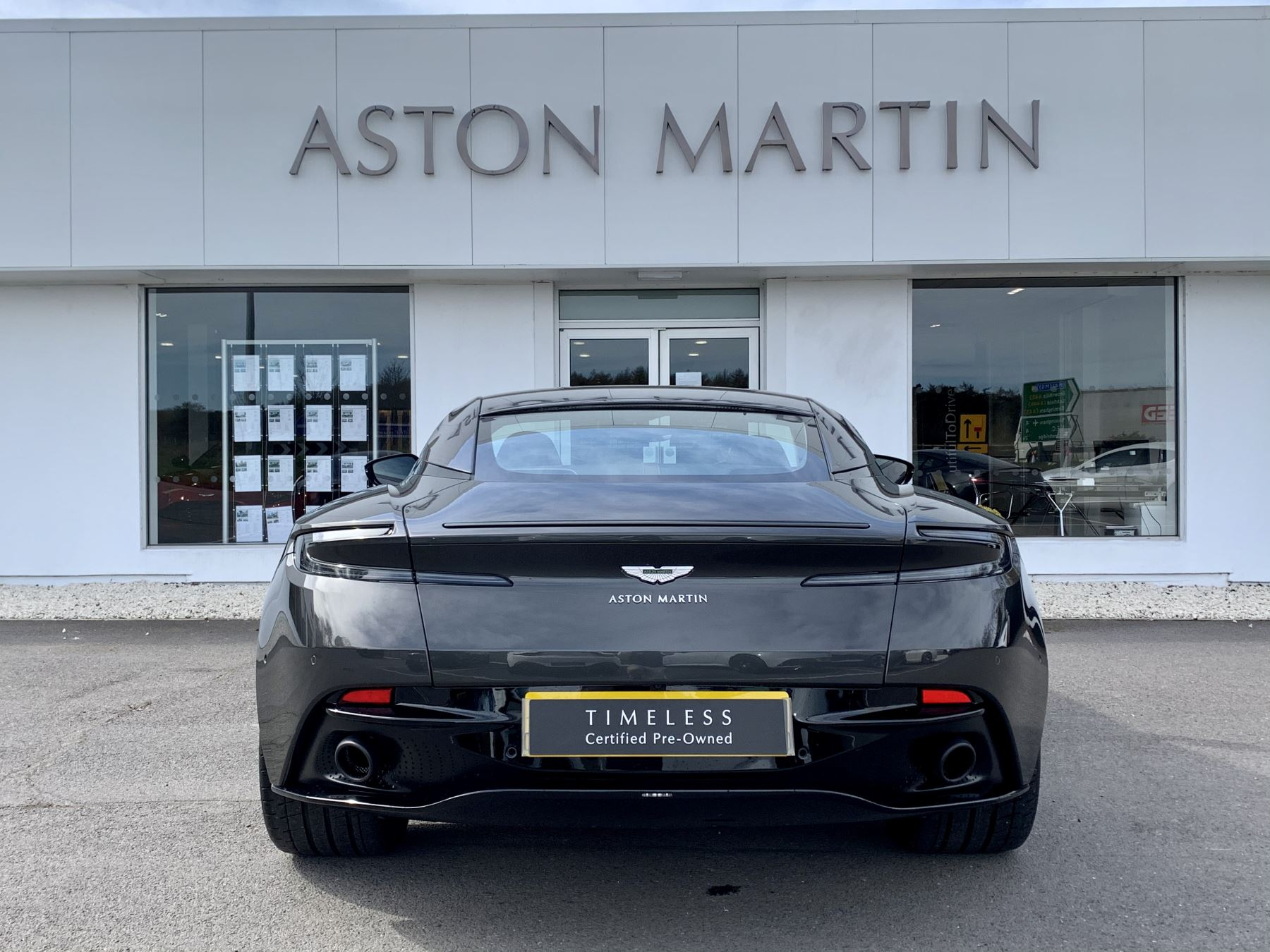 Aston Martin DB11 AMR V12 AMR 2dr Touchtronic Auto image 6