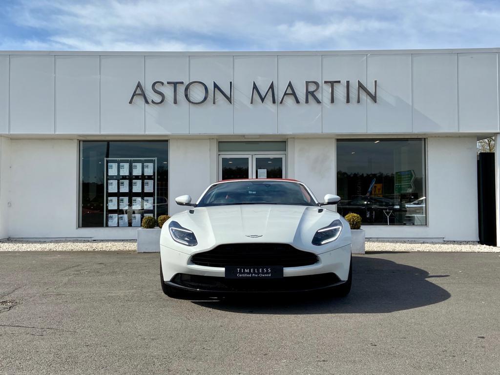 Aston Martin DB11 V8 Volante 2dr Touchtronic image 2