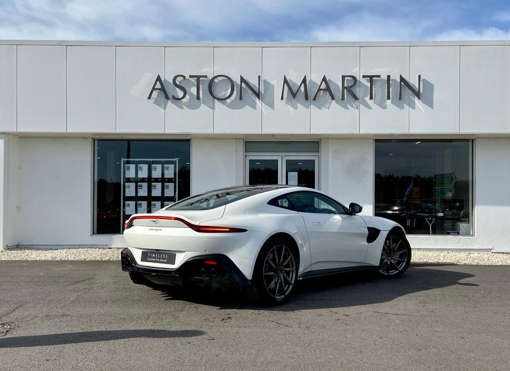 Aston Martin New Vantage 2dr ZF 8 Speed image 5