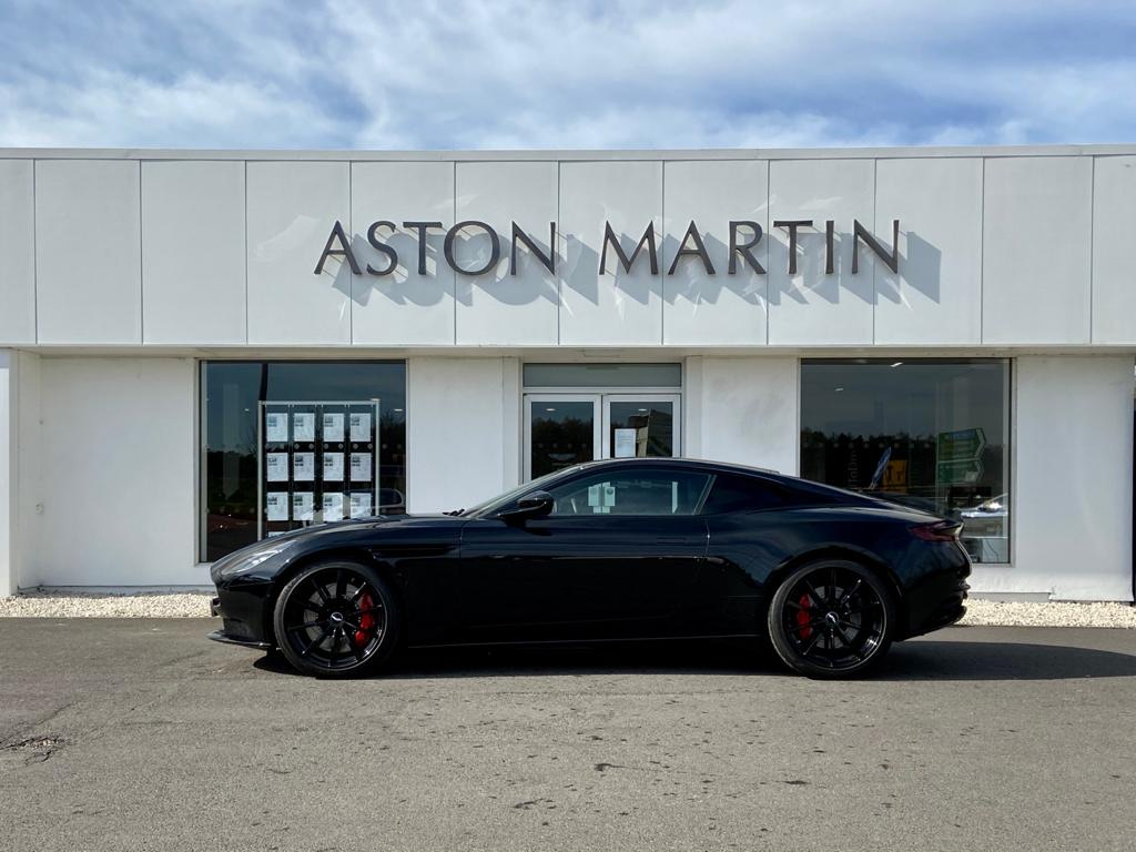 Aston Martin DB11 V12 AMR 2dr Touchtronic image 8
