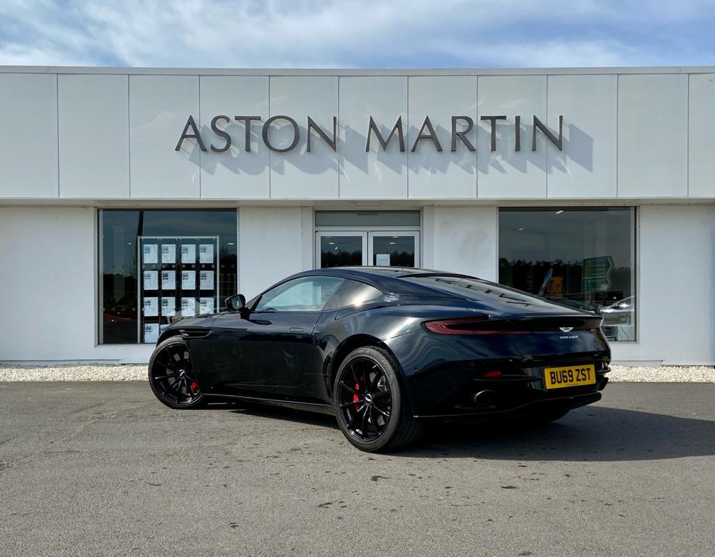 Aston Martin DB11 V12 AMR 2dr Touchtronic image 7
