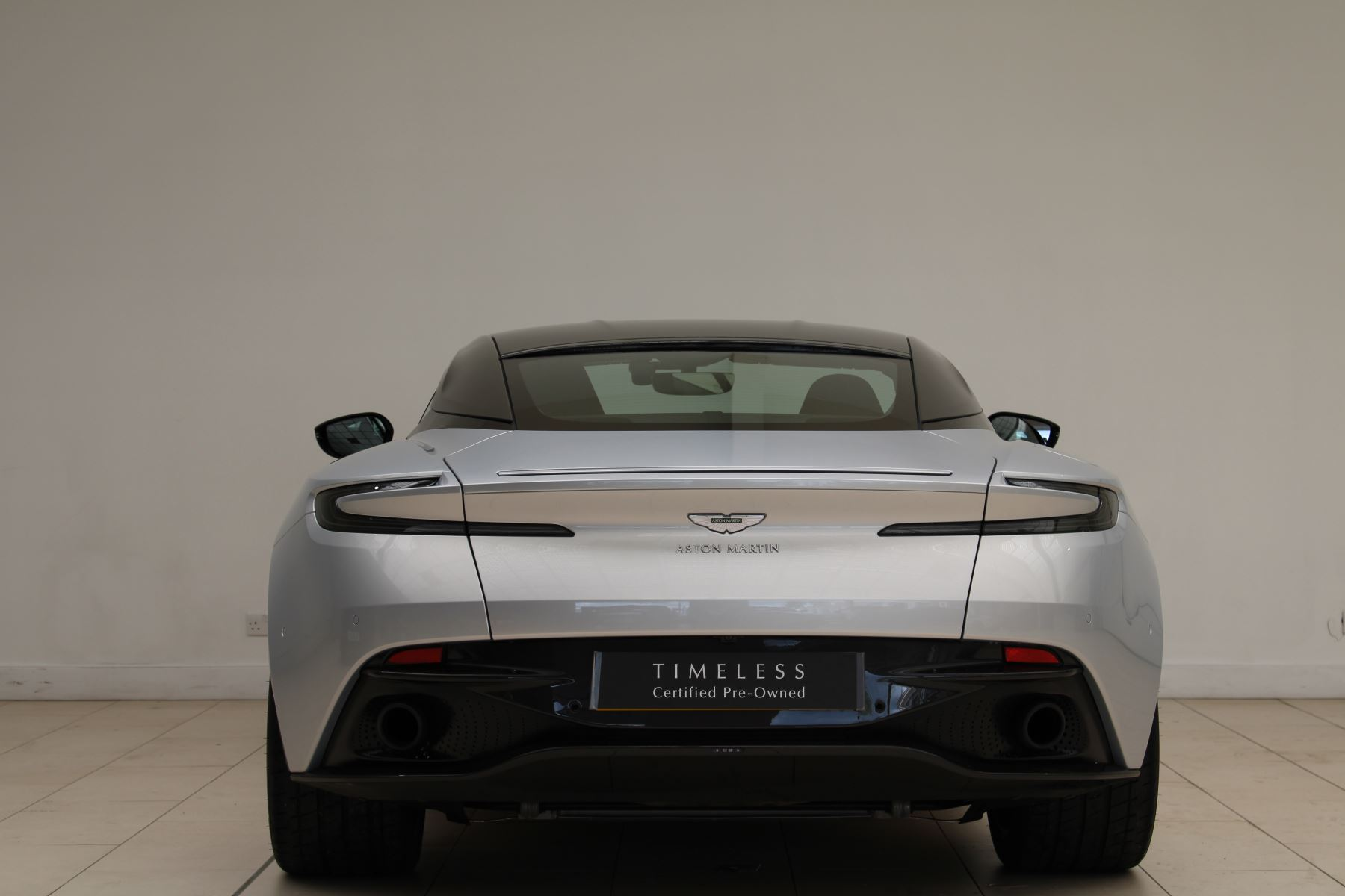 Aston Martin DB11 V12 AMR 2dr Touchtronic image 5