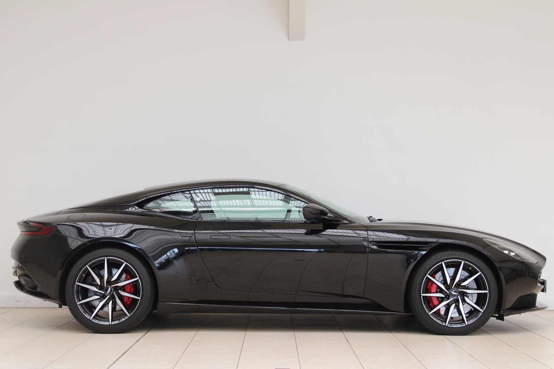 Aston Martin DB11 V8 2dr Touchtronic image 5