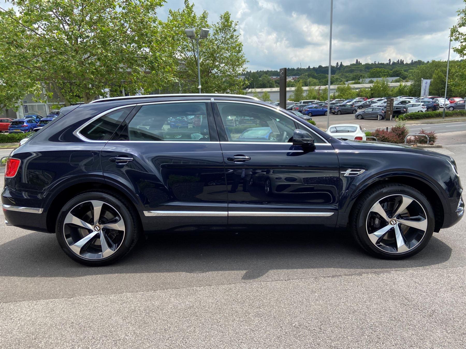 Bentley Bentayga 4.0 V8 5dr Mulliner Driving Specification image 5