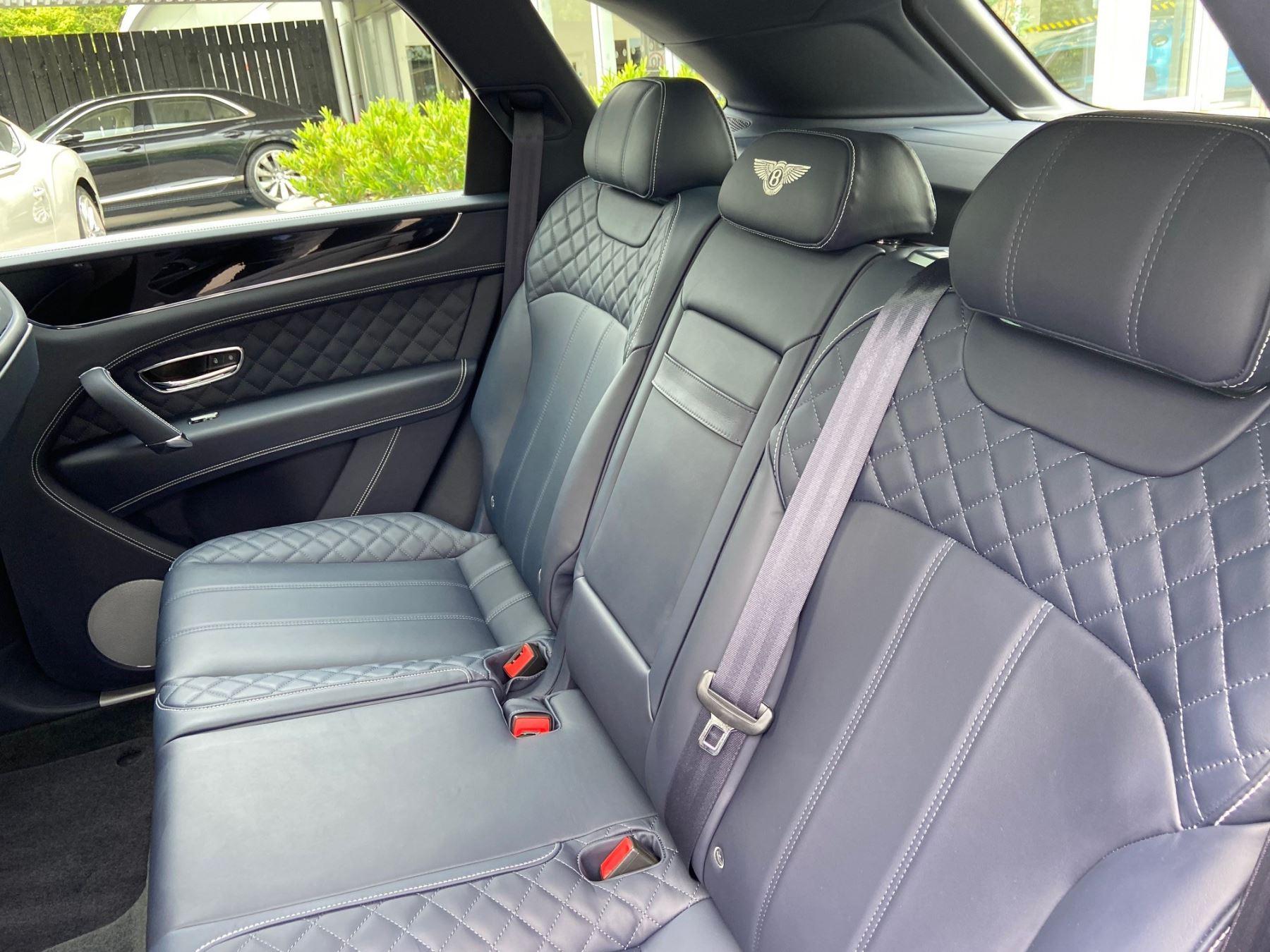 Bentley Bentayga 4.0 V8 5dr Mulliner Driving Specification image 8