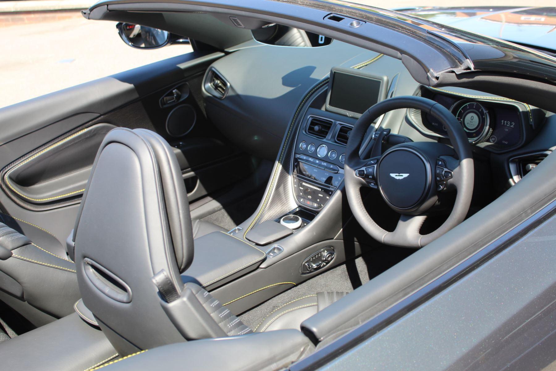 Aston Martin DB11 V8 Volante 2dr Touchtronic image 14