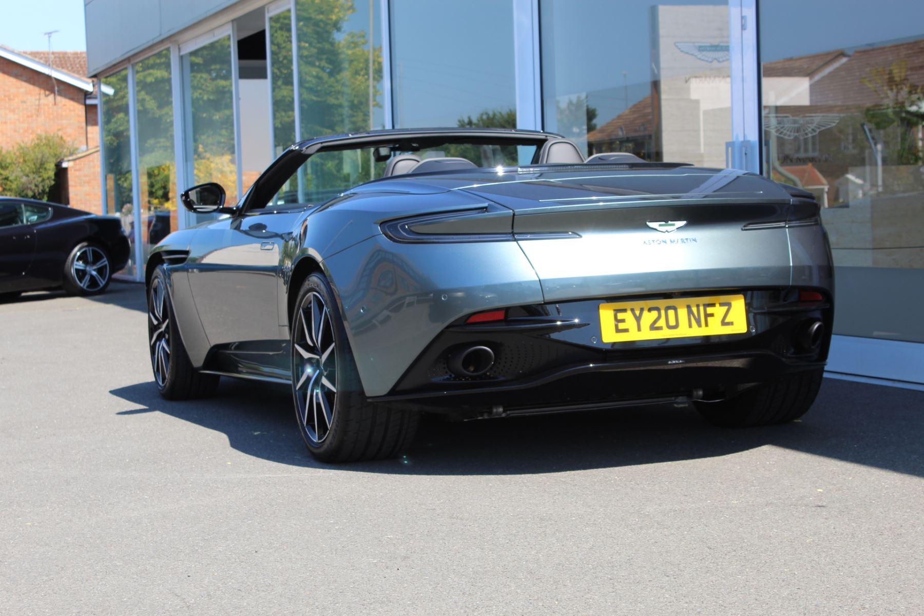 Aston Martin DB11 V8 Volante 2dr Touchtronic image 18