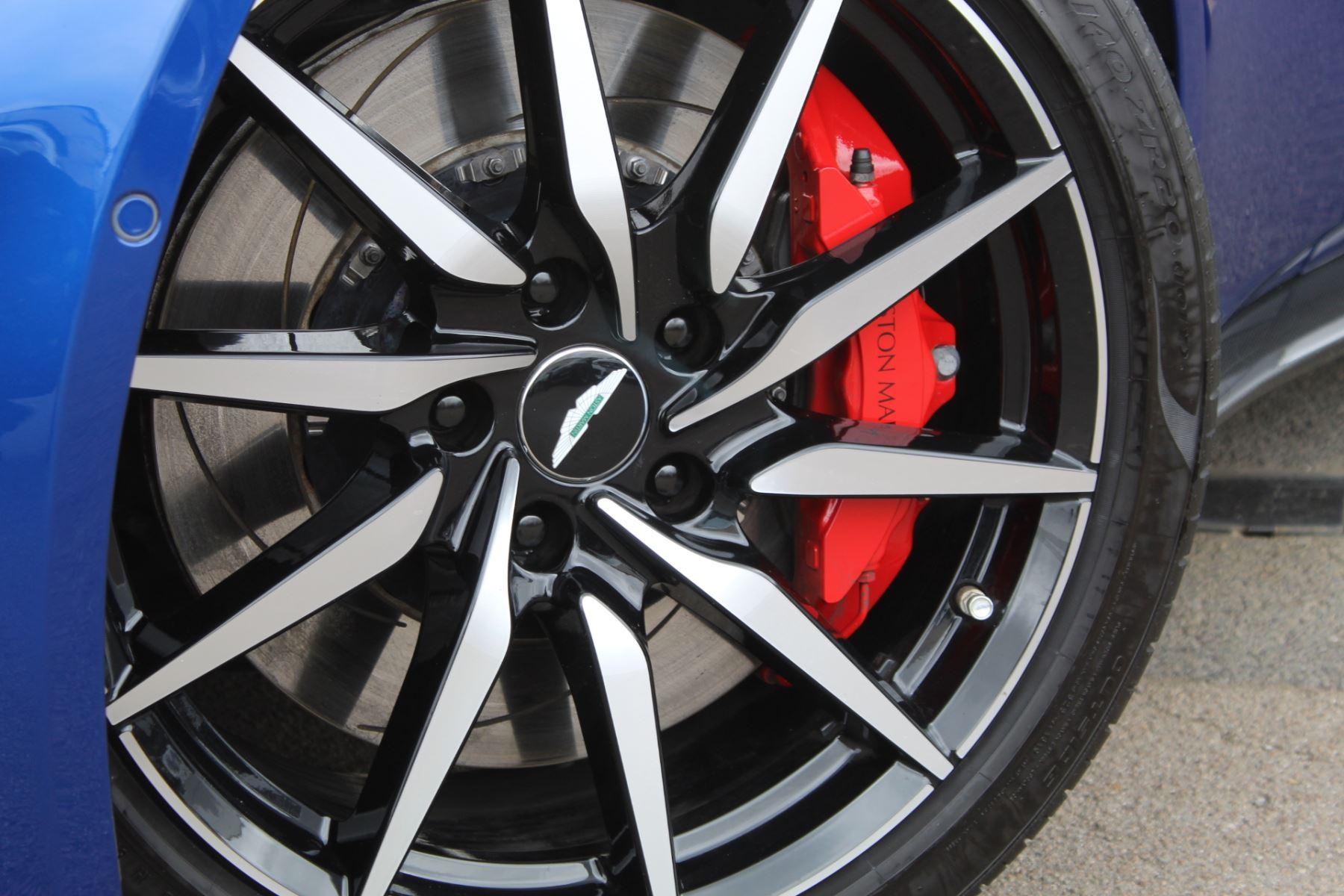 Aston Martin New Vantage 2dr ZF 8 Speed image 20