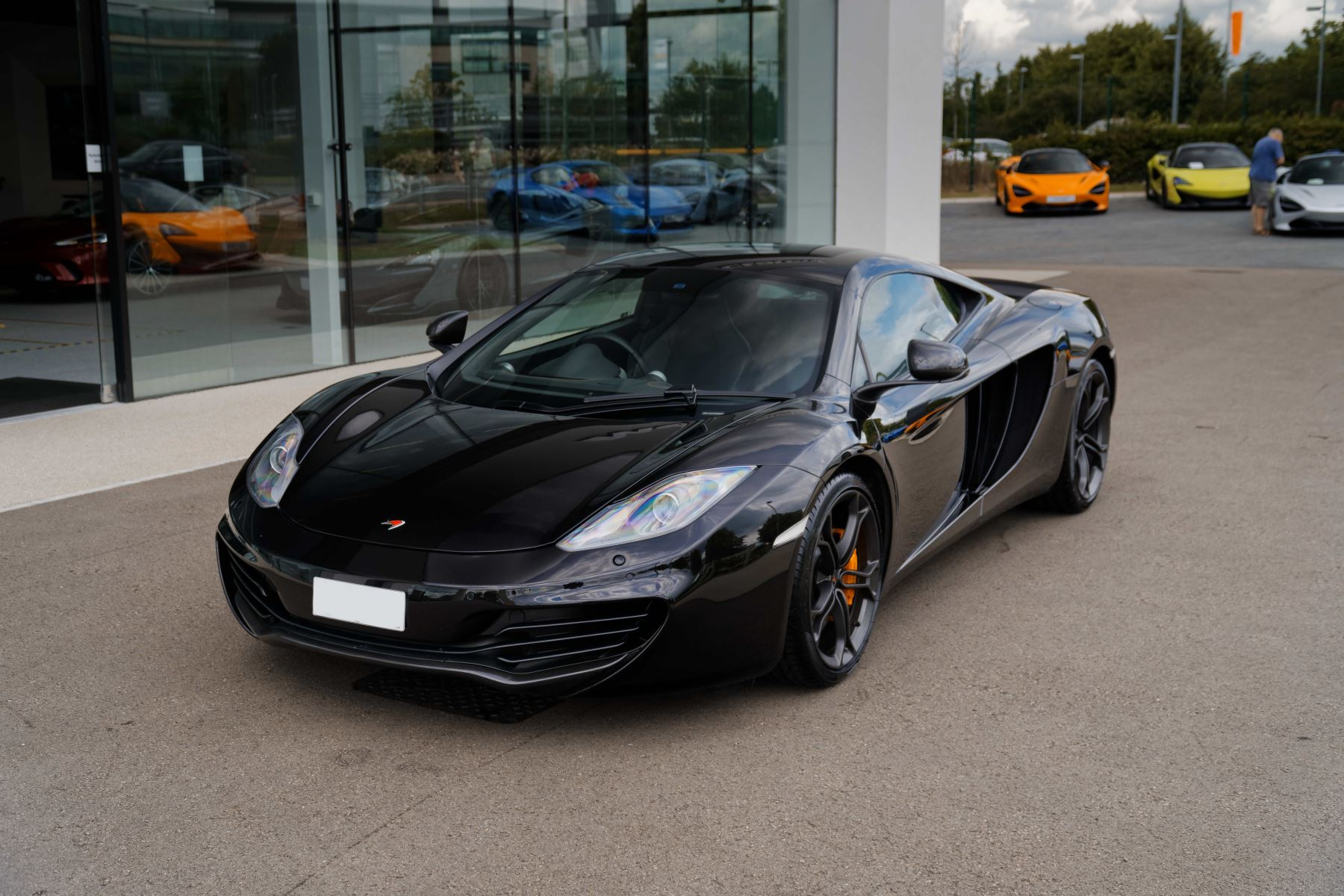 McLaren MP4-12C 3.8 SSG COUPE Automatic 2 door Coupe (2012)