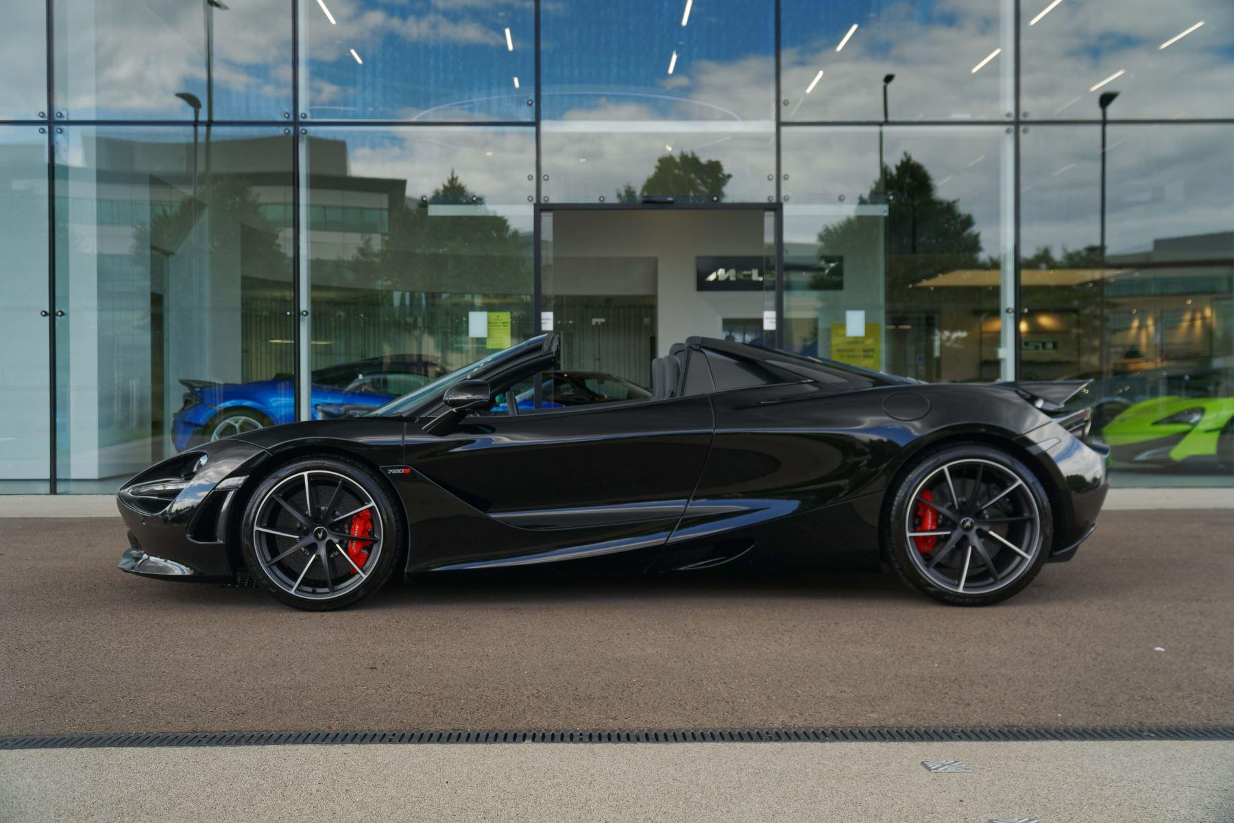 McLaren 720S Spider V8 2dr SSG image 4