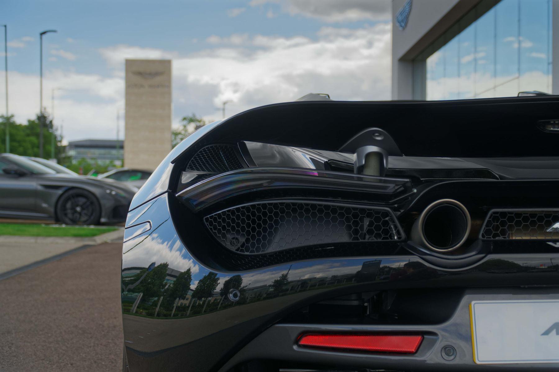 McLaren 720S Spider V8 2dr SSG image 22