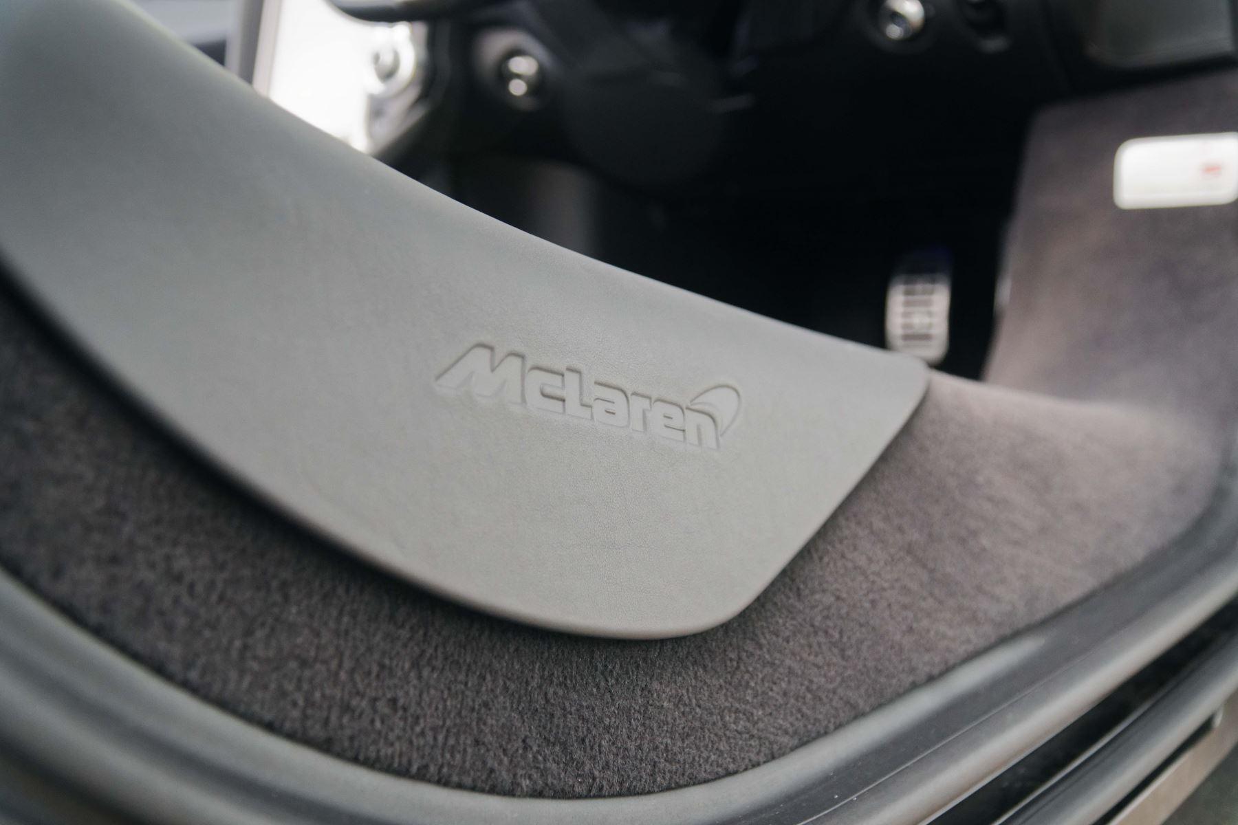 McLaren 720S Spider V8 2dr SSG image 27